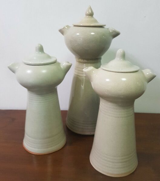 3 pieces raised sauce pot table display