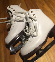 Girls GAM Figure Skates Size 2.5
