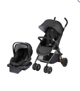 Carseat and Stroller travel system