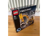 Lego Technic 8419 Excavator - new and sealed 16 years old.
