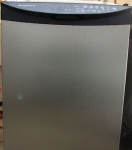 FRIGIDAIRE STAINLESS STEEL DISHWASHER FOR SALE!!