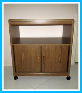 = = = SAUDER MOBILE TV STAND / ENTERTAINMENT UNIT STAND = = =