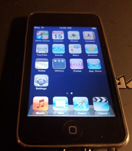 Apple iPod  8GB   2 gen- good working condition