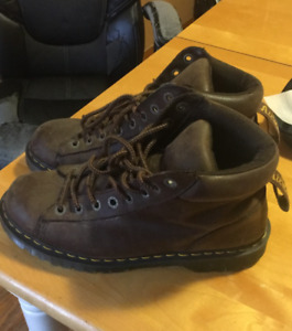 Doc Martens Winter Leather Boots
