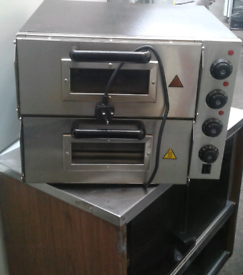 Double deck electric pizza oven