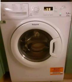 Hotpoint WMXTF742P Washing Machine in White