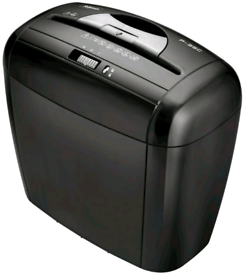 Fellowes shredder with features