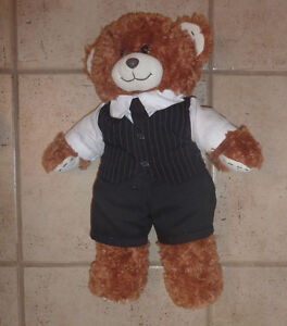 8 Built-A-Bear pets (3 bears, 3 dogs) $ 5 each or all for $ 30! Kitchener / Waterloo Kitchener Area image 5