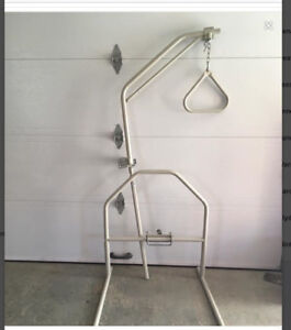 Trapeze with stand