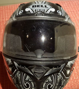Bell full face motorcycle helmet - large