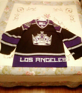 Los Angeles Kings Hockey Jersey CCM Large
