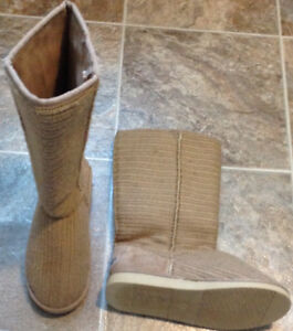 ***Tan Boots & Black Shoes***5$ EACH***