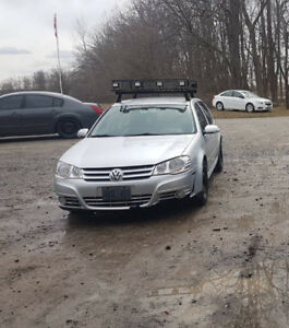 2009 vw city golf needs front bumper and headlight