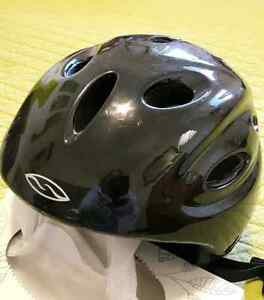 Snowboarding Helmet Peterborough Peterborough Area image 1