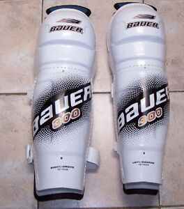 Bauer SG300 Sr Hockey Shin Guards London Ontario image 1