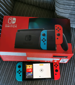 Nintendo Switch including accessories and Supee Mario game