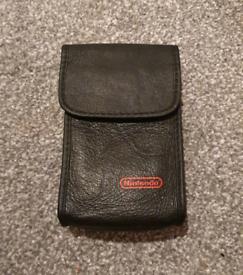 Vintage Nintendo Gameboy carry case