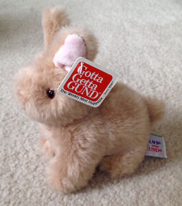 Adorable GUND Bunny **New with Tags On**