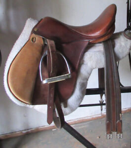 Saddles For Sale | Equestrian & Livestock Accessories in