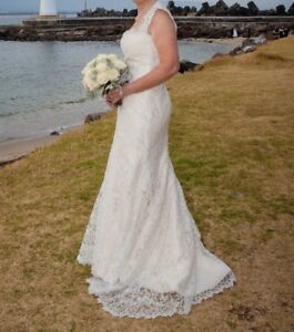 Romona Keveza Mermaid Ivory/Crystal Lace Wedding Dress - Size 12