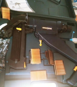 3 in 1 Mastercraft Floor Nailer/stapler