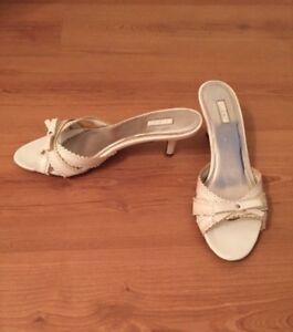 White dress shoes size 8.5