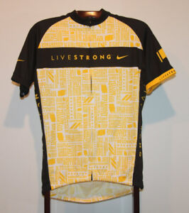 NIKE LIVESTRONG SHORT SLEEVE CYCLING JERSEY SIZE MEN'S LARGE