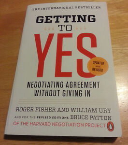 LAW BOOKS - Getting to Yes, Negotiating Agreeement Without Givin