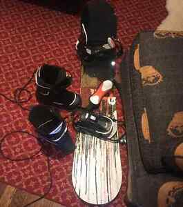 Snowboard + boots and bindings never used