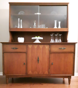Mid century modern buffet and hutch