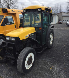 Tracteur New Holland tn85fa 2005 4x4