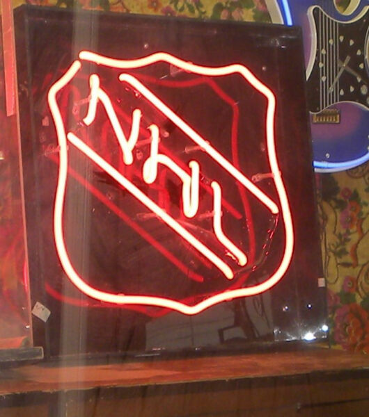 Neon Signs Wurlitzer Jukebox Antiques Amp Sculptures