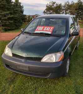 TOYOTA ECHO LOW KMS AND SOLID