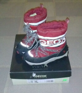 Toddler size 11, Geox Tex snow boots.