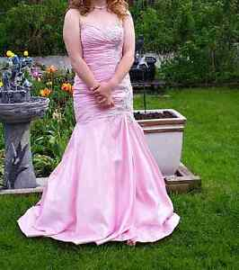 Prom gown size 10