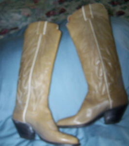 Western  Boots Size 6 1/2 Light beige