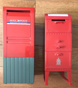 LOT OF 2 CANADA POST MAILBOX PIGGY BANK COIN COLLECTOR 2 STYLES