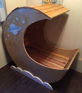 Moon Shaped Baby Cradle