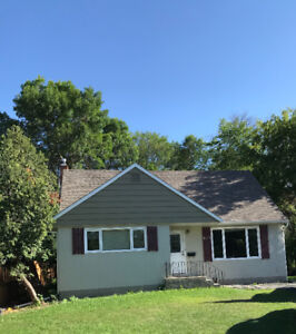 Newly renovated, clean, bright 4 bedroom home East Fort Garry
