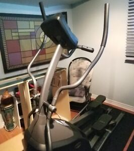 elliptique Horizon Fitness E-500