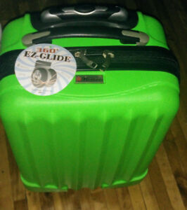 Valise de cabine  21 extensible- vert lime. Cabin luggage