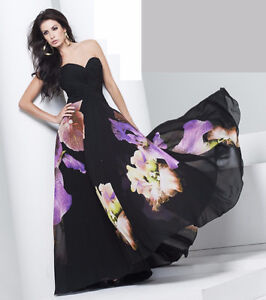 BLOW OUT DESIGNER PROM DRESS SALE UP TO 70% OFF