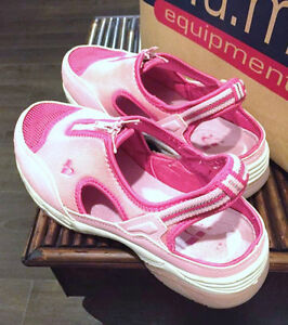 B.U.M. Pink Shoes for Young Girl