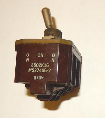 Six Ms27405-2 Cutler Hammer 4pdt Center Off Momentary One Side Toggle Switch