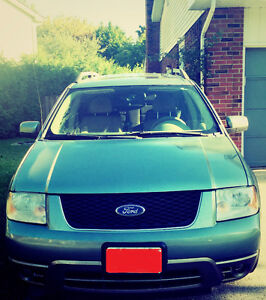 2005 Ford  SEL Wagon AS IS