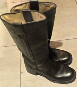 Vintage Canadian Made Women's Frye Type Boots Size 8