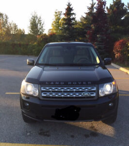 Land Rover LR2 HSE SUV,
