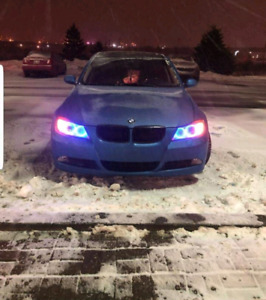 BMW 328i  GREAT CONDITION ****LOW KMS!!***