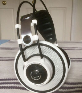 AKG Q701 Quincy Jones Signature Reference - Like New