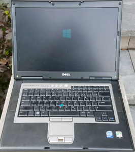 DELL Latitude D830 Core 2 Duo 2.4GHz with 4 Gb of RAM (no HD)